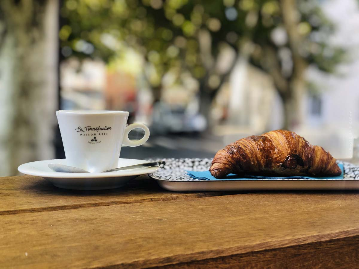 Cafés en París: pasteles, brunch y café veganos